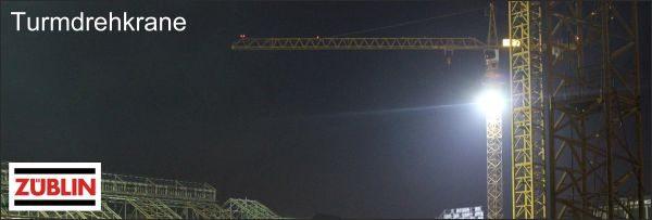 Referenzbild ZÜBLIN LED Turmdrehkranbeleuchtung mit Okka Flex 500W der Marke Leuchtfeuer des Herstellers Lehner Dabitros